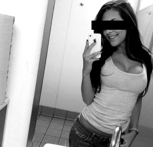 black_white_selfie
