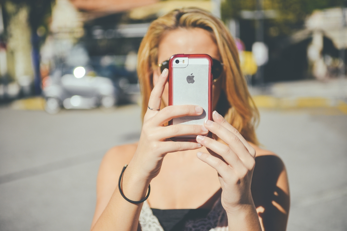 The Selfie Addiction: Why We Do It & Why We Probably Shouldn't.